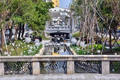綠川百年櫻橋重見天日 遊客驚豔