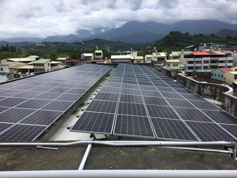 推動綠能 台中101所學校響應「太陽能」發電